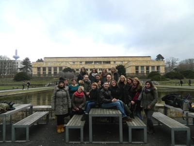 Rund 20 Studierende bilden das Redaktionsteam von »Johnny«, der 2014 gegründeten studentischen Literaturzeitschrift an der Goethe-Universität; Foto: Team Johnny