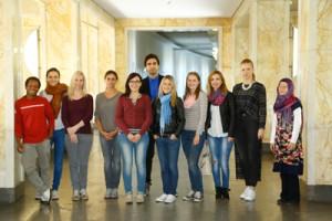 "Teilnehmer des ""VORbereitungskurses Literaturwissenschaft"" 2015; Foto: Dettmar"