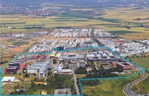 Blick von Süden auf den Riedberg (blau eingerahmt: der Campus); Foto: Luftbildvertrieb Müller