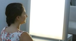 Lichttherapie hilft bei Winterdepression. Foto: Uwe Dettmar