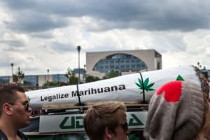 Berlin: Demonstranten auf der Hanfparade 2014; Foto: Ullstein bild – Thielker
