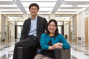 Froh, dass es das Welcome Centre an der Goethe-Uni gibt: Midori Wakabayashi und Wataru Kureishi. Foto: Lecher