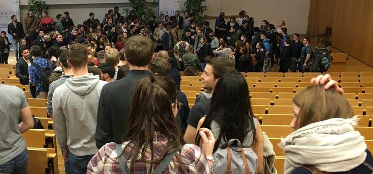 Knapp 3.000 Erstsemester beginnen in diesem Sommersemester ihr Studium an der Goethe-Universität.