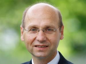 Prof. Bernd Skiera; © Dettmar