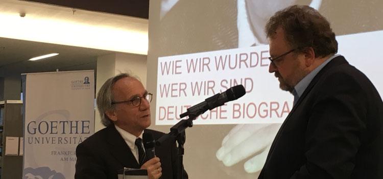 Jürgen Kaube (r.) im Gespräch mit Tilman Allert, Kurator der Biografienreihe