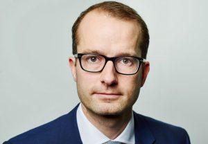 Fabian Meinecke, erhält für seine Dissertation über das Prominentenstrafrecht den Preis des Vereins Deutsche Strafverteidiger e.V.