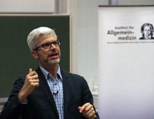 Prof. Tobias Esch. Foto: Institut für Allgemeinmedizin