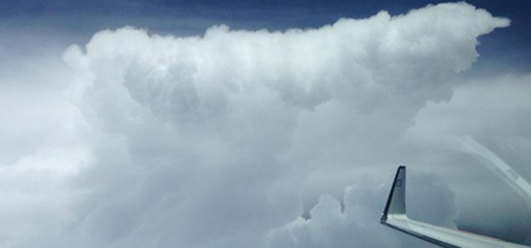HALO bei der Untersuchung von Wolken. Foto: Uni Leipzig