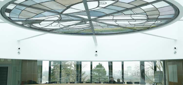 Lichthof im Höraal- und Institutsgebäude der Philosophisch-Theologischen Hochschule Sankt Geogen. Foto: Dettmar