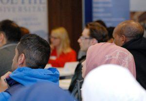 Law Clinics an der Goethe-Universität bietet Flüchtlingen Hilfe an; Foto: Hofmann