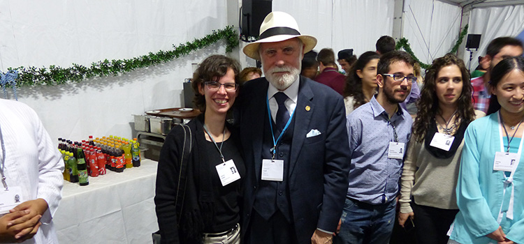 "Katrin Göbel mit Vint Cerf, bekannt als ""Father of the Internet""; Foto: Privat"
