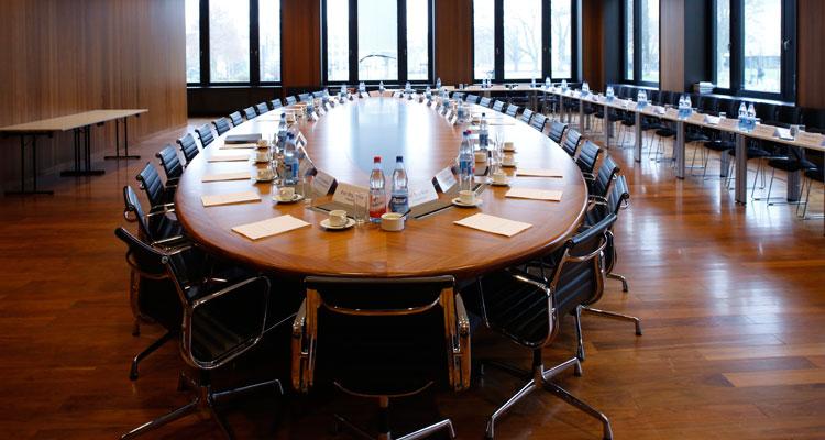 Senatssitzungssaal im PA-Gebäude auf dem Campus Westend; Foto: Uwe Dettmar