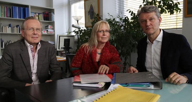 Von links: Prodekan Prof. Christoph Menke, Dekanin Prof. Susanne Schröter, Studiendekan Prof. Bernhard Jussen; Foto: Gärtner