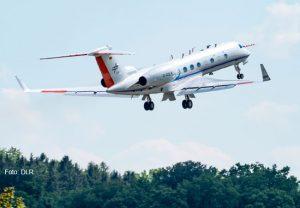 Das Forschungsflugzeug HALO beim Start am 21. Mai 2020. An Bord ist auch ein Messgerät der Goethe-Universität Frankfurt.