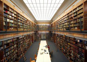 Die Universitätsbibliothek öffnet sich stückweise wieder unter Beachtung von Schutzmaßnahmen.