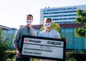 (links): Fredi Bobic, Sportvorstand von Eintracht Frankfurt, und Prof. Kai Zacharowski, stellv. Ärztlicher Direktor, Direktor der Klinik für Anästhesiologie, Intensivmedizin und Schmerztherapie
